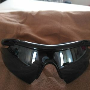 NWOT Under Armour Wrap Sunglasses